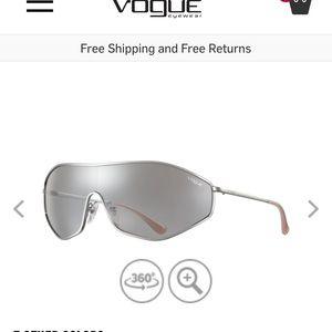 NWT Vogue x Gigi Hadid G-Vision sunglasses